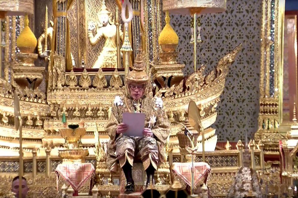 5. Mai 2019  Die Fernsehzuschauer in Thailand und auf der ganzen Welt können sich an prachtvollen Bildern wie diesem erfreuen.