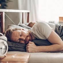 Ausschlafen am Wochenende? Deswegen sollten Sie das lassen
