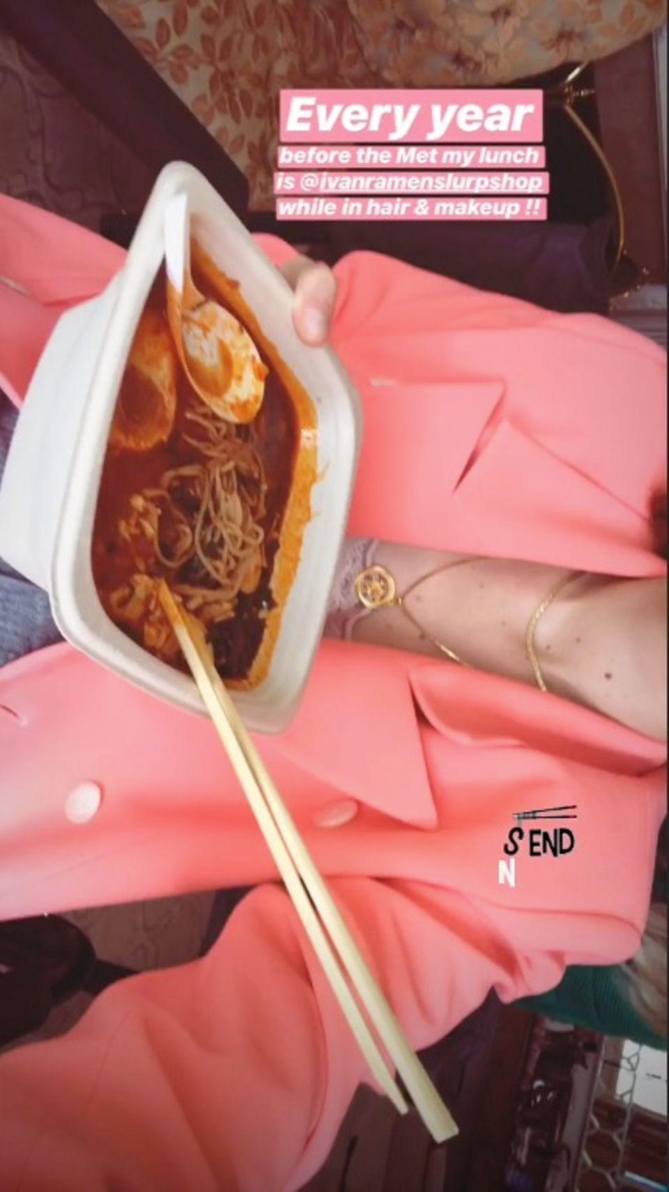 Auf Instagram zeigt Gigi Hadid ihren Fans ihr traditionelles Mittagessen vor jeder Met Gala.