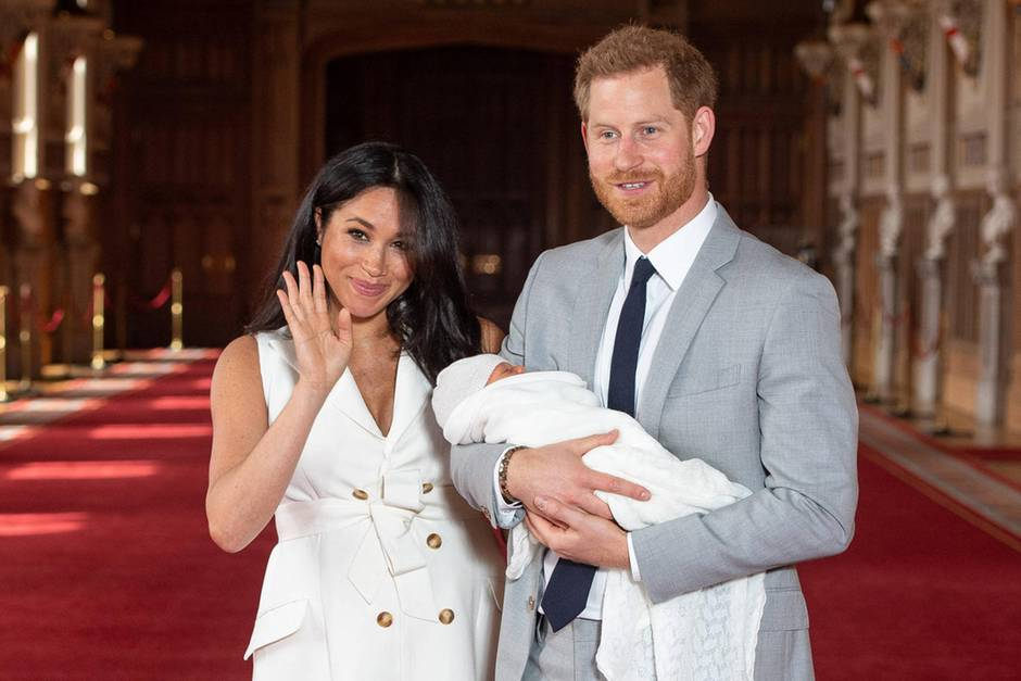 Herzogin Meghan + Prinz Harry: Wilde Theorien zum Namen ihres Babys Archie Mountbatten-Windsor