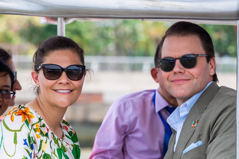 Am letzten Tag ihres Vietnam-Besuchs unternehmen Victoria und Daniel eine Bootsfahrt auf dem Fluss Saigon.