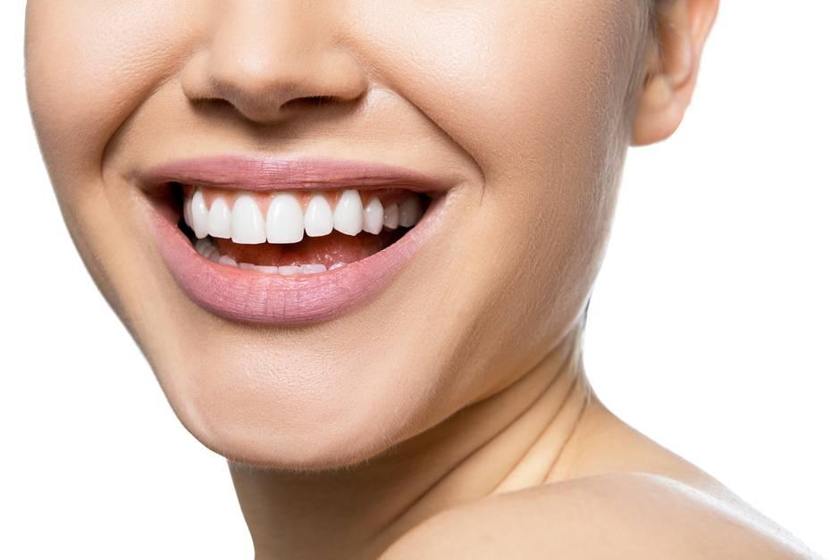Ölziehen hat einen positiven Effekt auf die Mundflora.