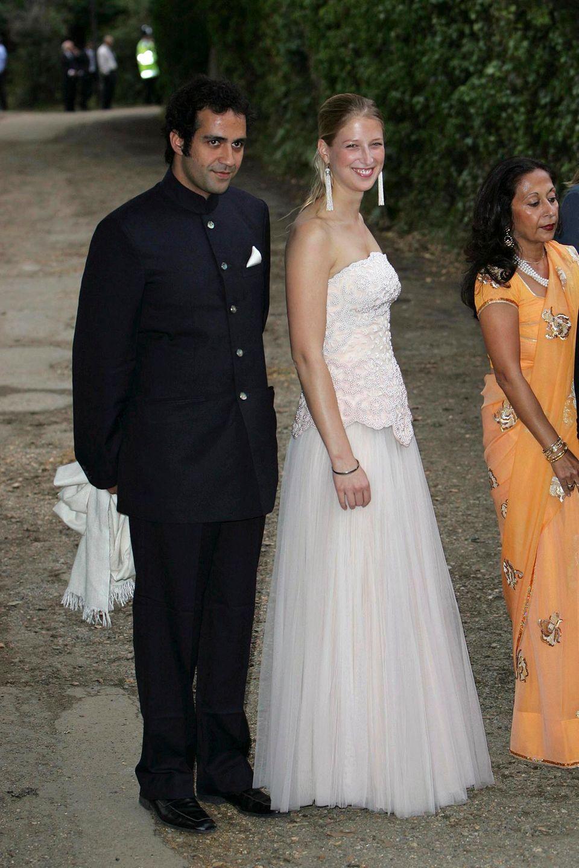 Die beiden sind sogar verlobt. Doch die Beziehung zerbricht 2006.