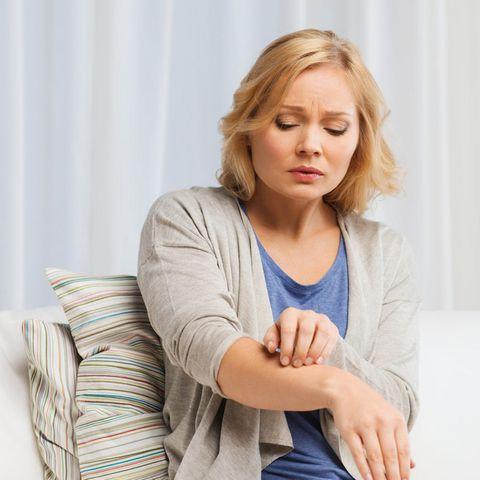 Viele ordnen ihre Symptome nicht sofort einer Latexallergie zu.