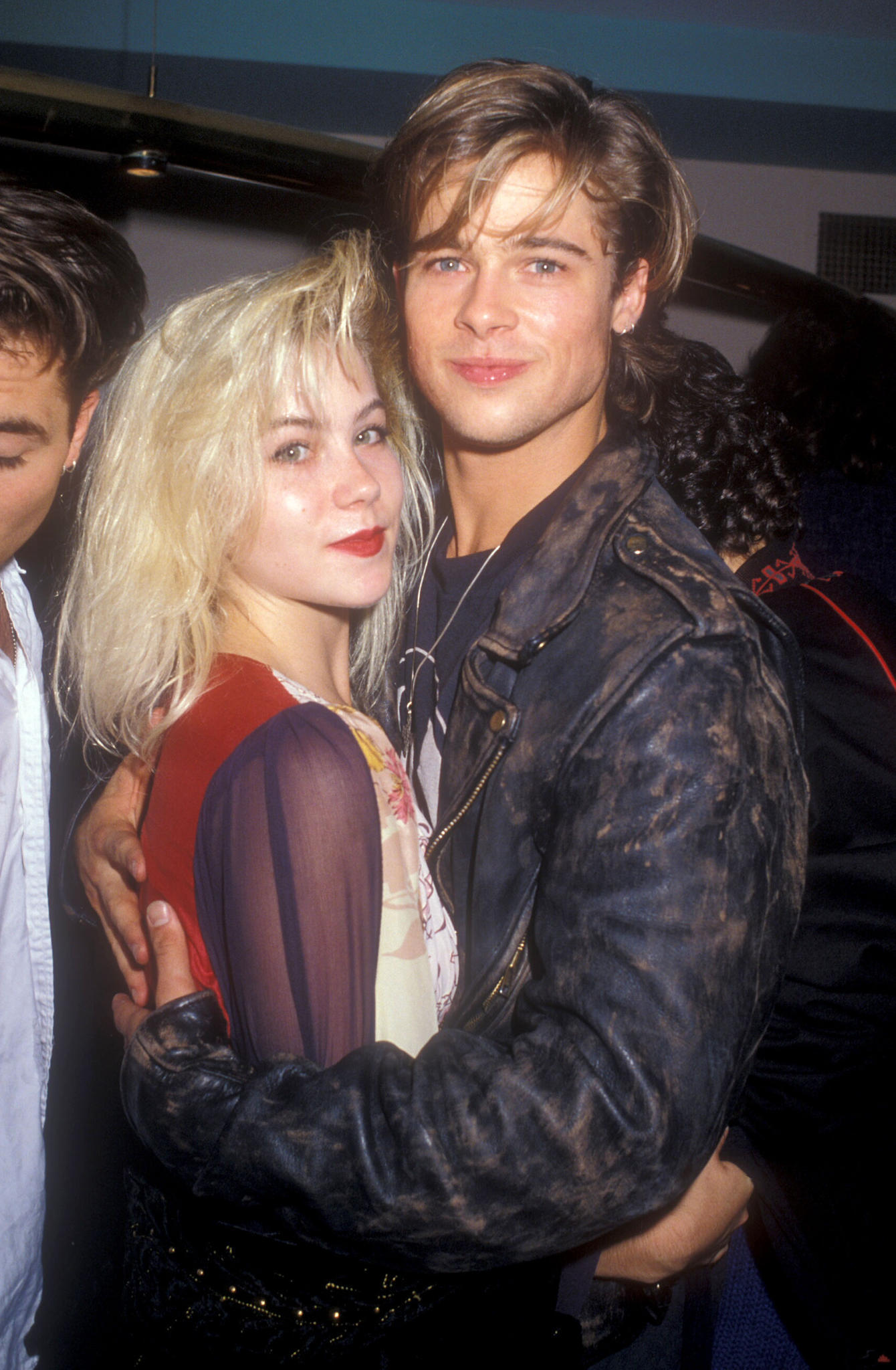 Christina Applegate und Brad Pitt im Jahr 1988