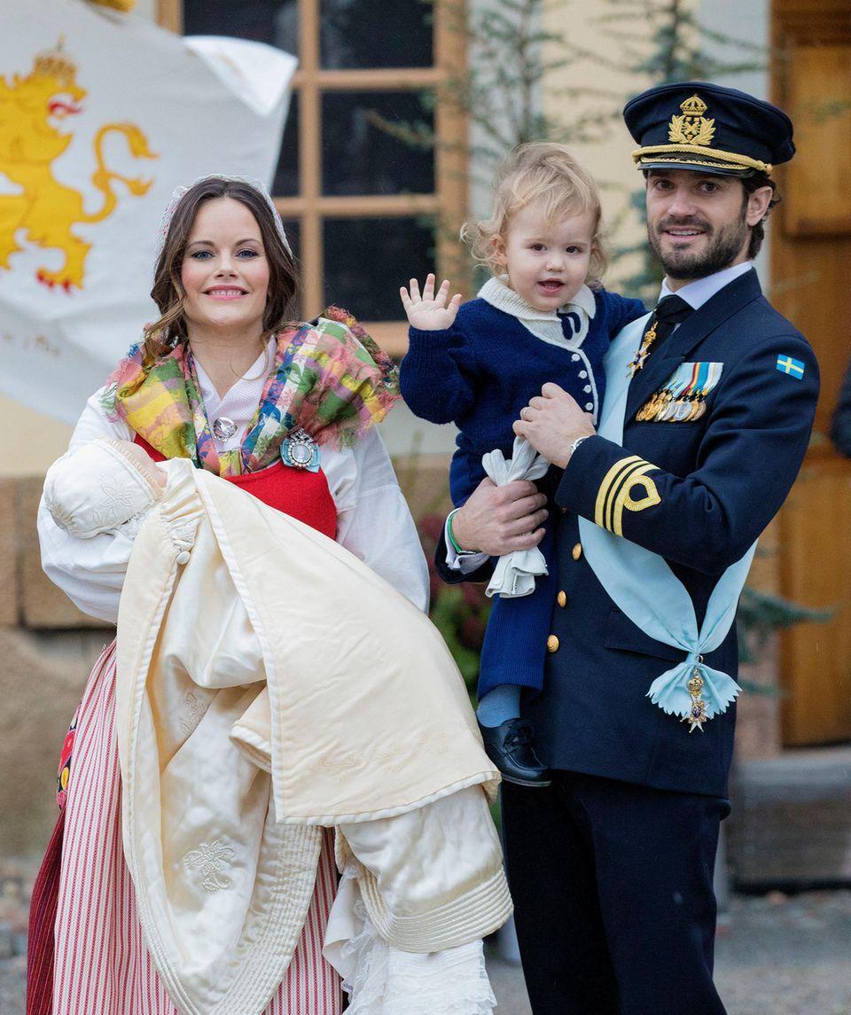 Das zweite Kind, wieder ein Junge, erblickt am 31. August 2017 das Licht der Welt und hört auf den Namen Prinz Gabriel.