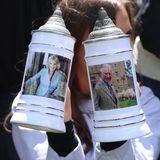 Geschenk für Prinz Charles und Herzogin Camilla während ihrer Deutschlandreise