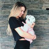 Scarlett Gartmann feiert in diesem Jahr zum ersten Mal Muttertag: Sie und Fußballer Marco Reus sind im März zum ersten Mal Eltern eines Mädchens geworden.