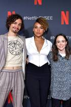 "11. Mai 2019  ""The Umbrella Academy"" auf dem Roten Teppich: Robert Sheehan, Emmy Raver-Lampman, Ellen Page, Aidan Gallagher und Tom Hooper (v.l.n.r.) posieren bei einer Vorstellung ihrer Serie gemeinsam für die Fotografen."