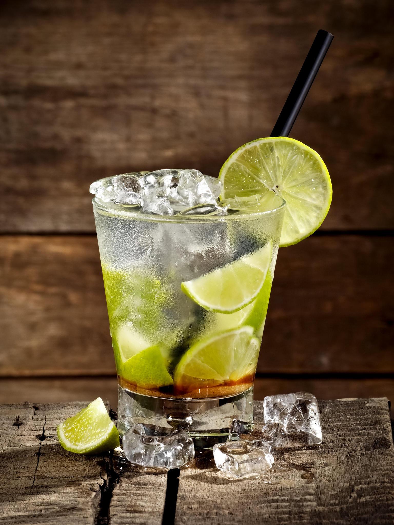 Der Caipirinha ist einer der beliebtesten Cocktails und herrlich fruchtig.