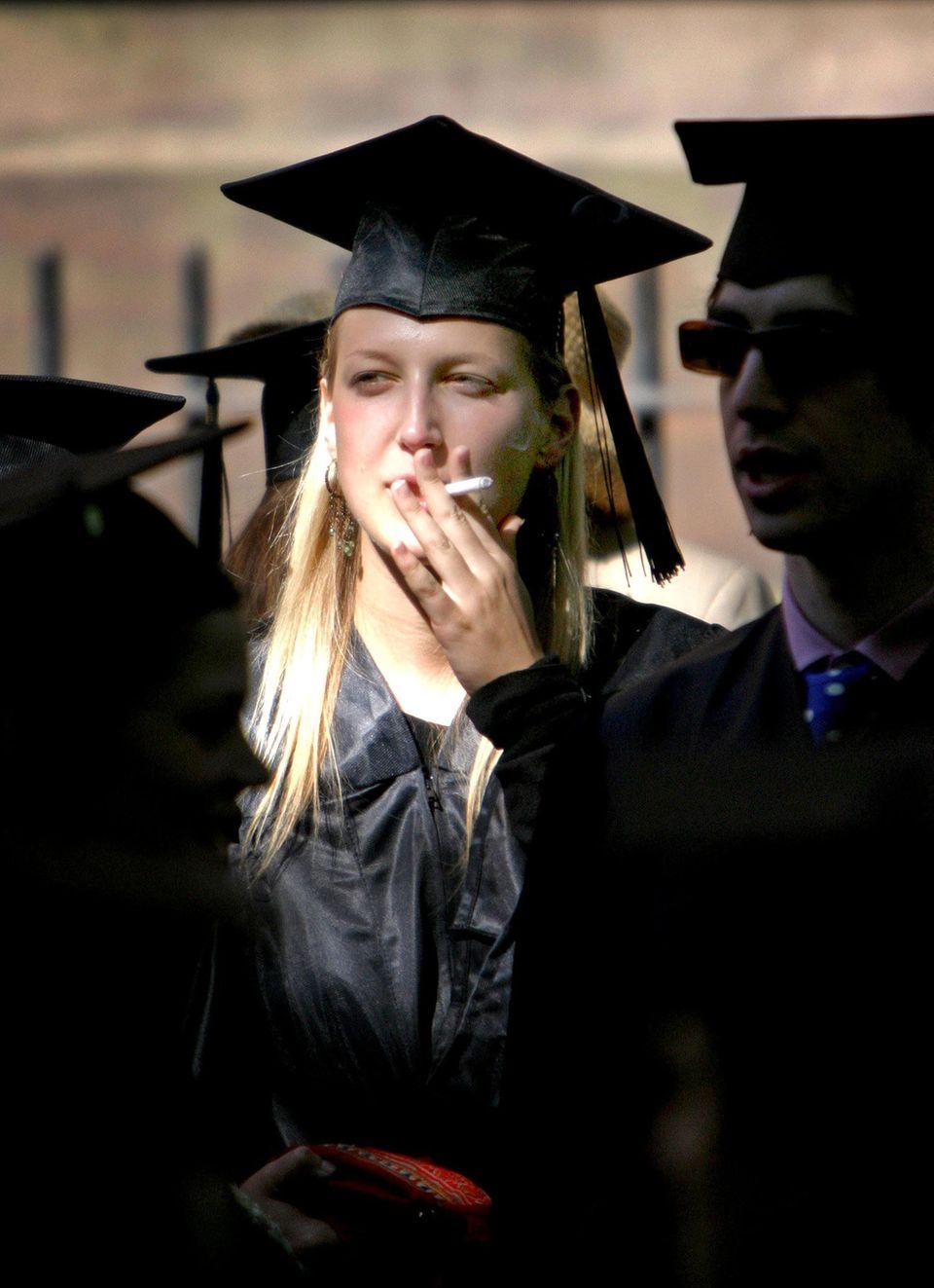 2004 macht Lady Gabriella an der Brown University im US-Bundesstaat Rhode Island ihren Master-Abschluss in Vergleichender Literaturwissenschaft. Anschließend studiert sie inOxord Sozialanthropologie.