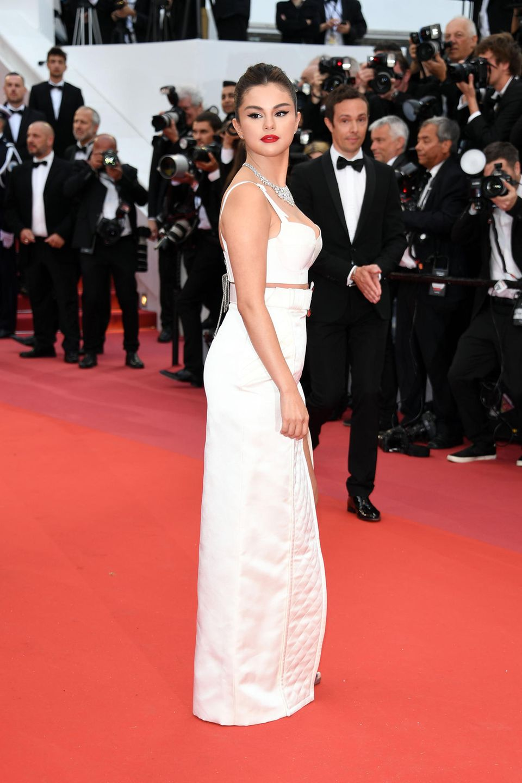 """""""Cannes""""-Gast Selena Gomez sieht von der Seite ganz brav aus ..."""