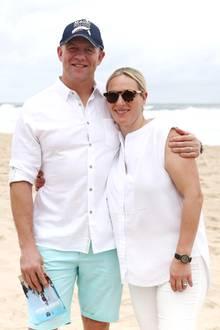 Seit 2011 ist Zara glücklich mit Mike Tindall verheiratet. Das Paar hat zwei Kinder, die Töchter Mia Grace und Lena Elizabeth.