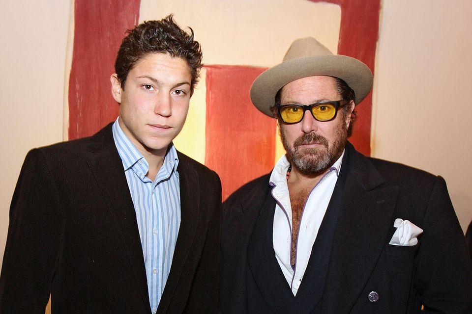 Vito Schnabel und sein Vater Julian Schnabel besuchten bereits 2008 eine Ausstellungseröffnung vonRon Gorchov.