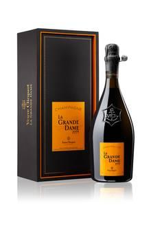 """Welch ein glamouröser Auftritt der """"La Grande Dame 2008""""!Die Cuvée ist das Juwel von Veuve Clicquot und wurde erstmals im Jahr 1972 herausgegeben. Mit92 Prozent Pinot Noir enthält sie den höchsten Anteil in der Geschichte von Veuve Clicquot. Ca. 135 Euro"""