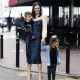 Coco Rocha muss in Cannes nicht nur sich anziehen, sondern auch ihre entzückenden Kinder. So entsteht ein Familien-Style, von dem wir gar nicht genug bekommen können.