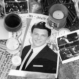 """Der große Schock kamnicht nur für Lea Michele, sondern für das gesamte """"Glee""""-Team und die riesige Fangemeinde am 13. Juli 2013:Cory Monteith, der den High-School-Schwarm Finn Hudson spielte, starb in Vancouver an einer Überdosis Heroin und Alkohol."""