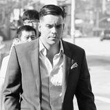 """Der Tod von Cory Monteith blieb leider nicht die einzige """"Glee""""-Tragödie. Mark Salling, der die Rolle desBadboys Noah """"Puck"""" Puckerman übernommen hatte, wurde im Dezember 2015 wegen dem Besitz kinderpornografischen Materials verhaftet. Er bekannte sich zwei Jahre später schuldig,""""entzog"""" sich der drohenden Haftstrafe jedoch am 30. Januar 2018 durch Selbstmord.  Sie haben suizidale Gedanken? Die Telefonseelsorge bietet Hilfe an. Sie ist anonym, kostenlos und rund um die Uhr unter 0800/1110111 und 0800/1110222 erreichbar. Eine Beratung über E-Mail ist ebenfalls möglich. Eine Liste mit bundesweiten Hilfsstellen findet sich auf der Seite der Deutschen Gesellschaft für Suizidprävention."""