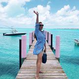 """19. Mai 2019  """"Hallo Sommer!"""" Reese Witherspoon macht Lust auf Sommer und versendet via Instagram traumhaft schöne Urlaubsgrüße."""