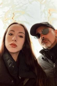 Derselbe Schmollmund! Aurora Ramazzotti und Papa Eros könnten nicht behaupten, nicht verwandt zu sein. Ihre Selfie-Schnute ist sich wirklich sehr ähnlich.