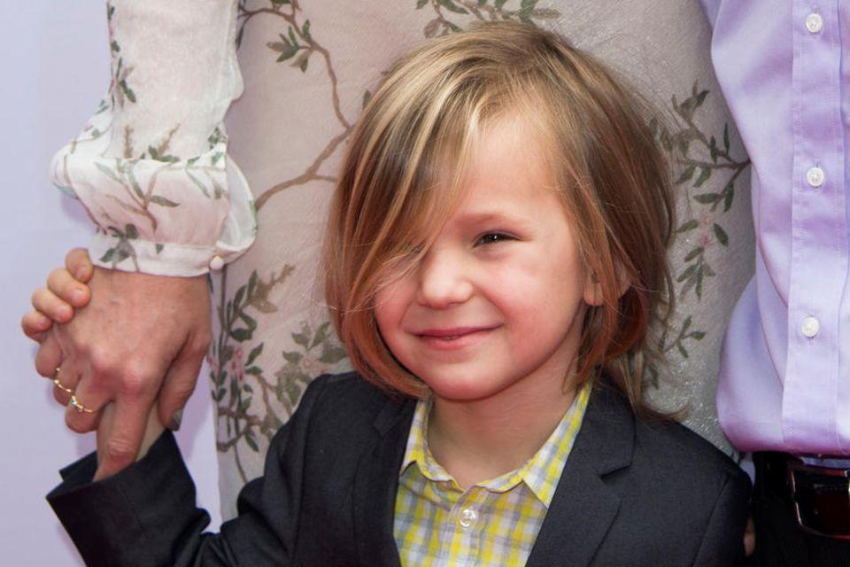 Der kleine Bingham, Kate Hudsons jüngster Sohn, sieht mit seinem mittellangen Haarschnitt zuckersüß aus.