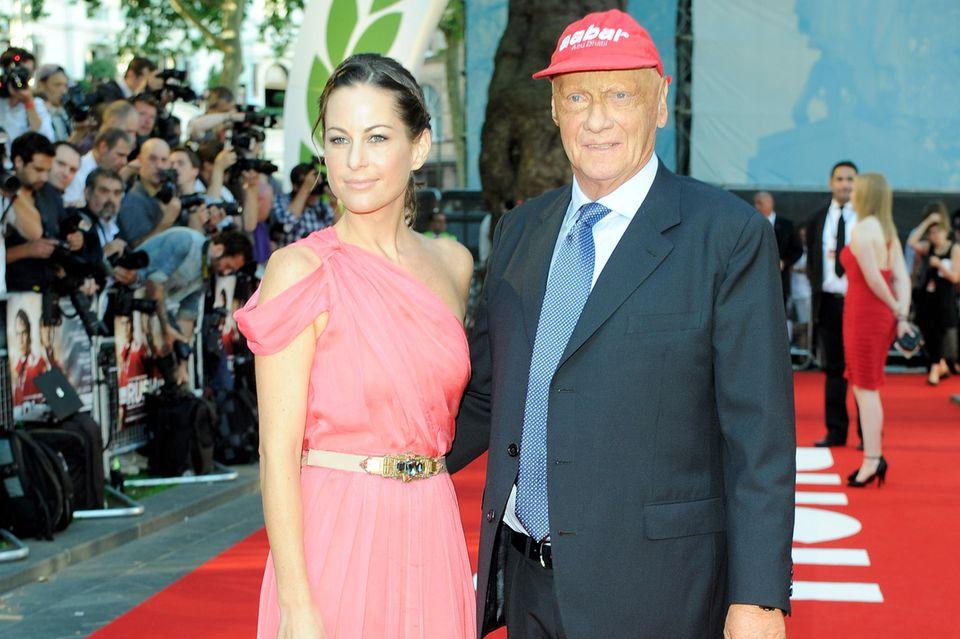 2008 heiratet Niki Lauda ein zweites Mal. Mit seiner Frau Birgit hat er die Zwillinge Max und Mia, die 2009 geboren werden.