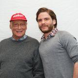 Niki Lauda wird von Daniel Brühl verkörpert.
