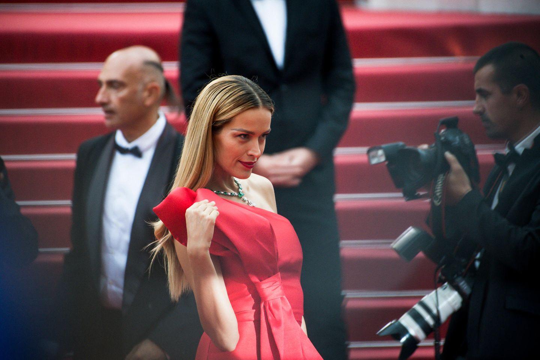 Mit den richtigen Posen kennt sichPetra Nemcova bestens aus.