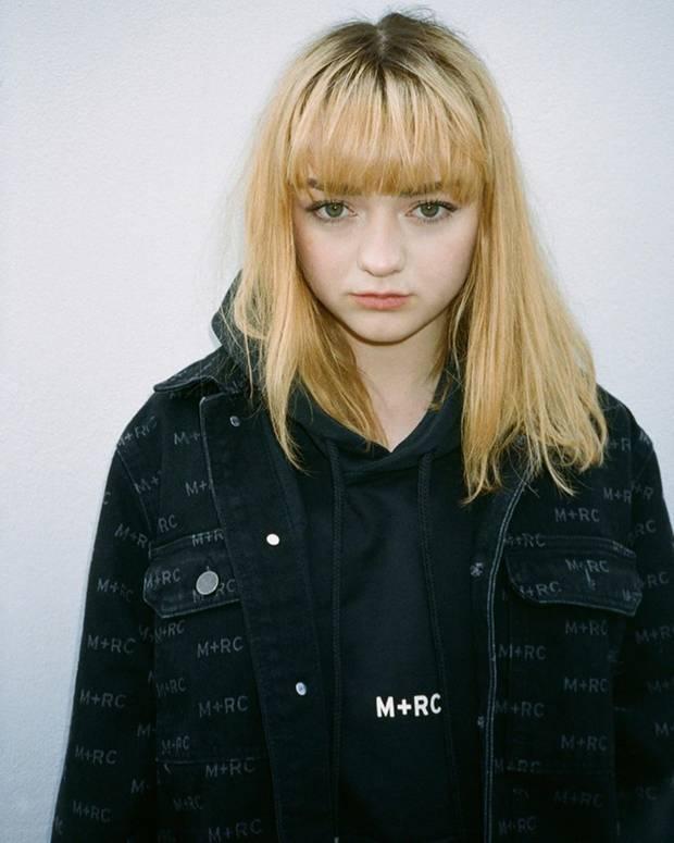 """Nach derAusstrahlung der letzten Folge von """"Game of Thrones"""" will Masie Williams einen Neustart. Für die Schauspielerin bricht nun ein neues Zeitalter an, wenn man so will. Dafür hat sie sich von ihren pinken Haaren verabschiedet und ihre Mähne blond gefärbt. In der Vergangenheit hat sie bereits bewiesen, dass sie eigentlich alle Haarfarben tragen kann..."""