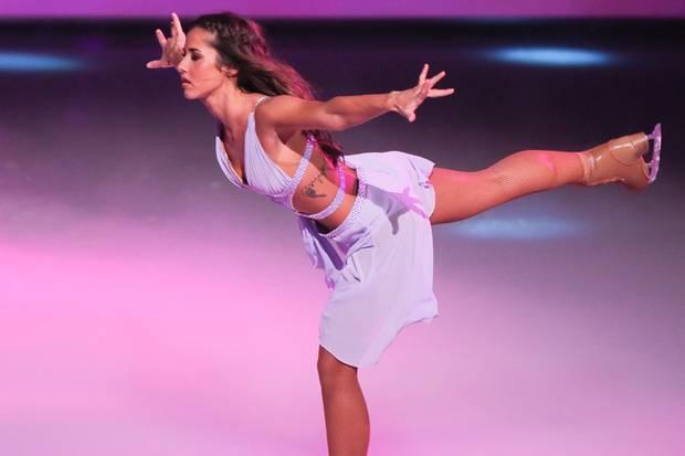 """Sarah Lombardi hat bereits bei """"Dancing on Ice"""" eindrucksvoll bewiesen, wie sicher sie auf Schlittschuhen übers Eis schweben kann."""