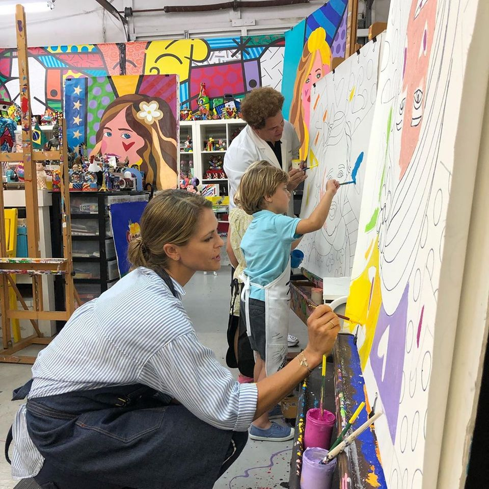 21. Mai 2019  Prinzessin Madeleine scheint die künstlerische Auszeit in vollen Zügen zu genießen ...