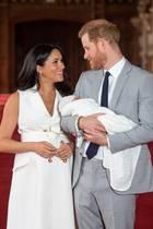 Herzogin Meghan + Prinz Harry mit ihrem Sohn Archie