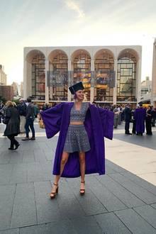 Am 22. Mai 2019 feiert eine sichtlich stolze Prinzessin Olympia von Griechenland ihren Universitätsabschluss - stilecht mit Talar und Doktorhut. DerAdelsspross studierte an derGallatin School der New York University.