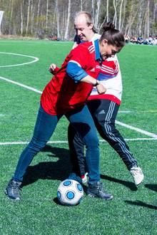 Prinzessin Victoria geht nicht nur gerne auf Wanderschaft, sie beweist ihr sportlichen Talent auch in Disziplinen wie Fußball.