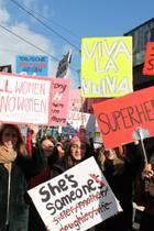 Die Protestaktion gegen die Besteuerung von Hygieneartikeln in Berlin.