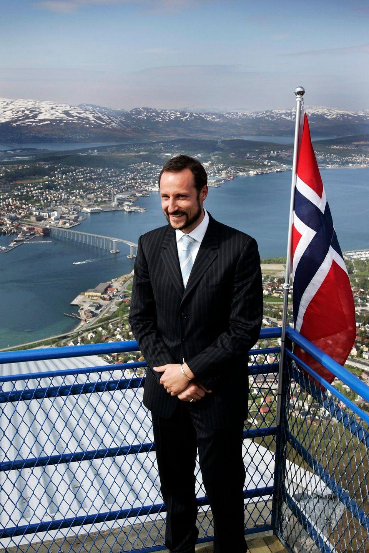 An dem Gottesdienst nimmt auch Kronprinz Haakon teil.