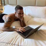 27. Mai 2019  Im Bett mit Robbie!Bei diesem Anblick werden sicher einige seiner Instagram-Fans für ein Live-Video gestimmt haben. Das hatte Mr. Williamsseinen Followern nämlich in Aussicht gestellt.