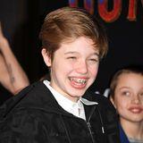 """Endlich Teenager:Mittlerweile ist aus Shiloh ein selbstbewusster junger Mensch von 13 Jahren geworden, und selbst mit Zahnspange ist ihr Lachen ansteckend. Hier besuchte sie zuletzt mit Mama Angelina und ihre Geschwistern die Premiere von """"Dumbo"""" in Hollywood."""