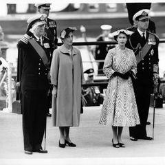 König Gustaf VI Adolf vonSchweden, KöniginLouise Mountbatten, Queen Elizabeth und Prinz Philip