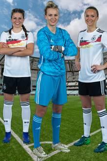 Melanie Leupolz, Merle Frohms, Turid Knaak und Giulia Gwinn (v.l.n.r.)