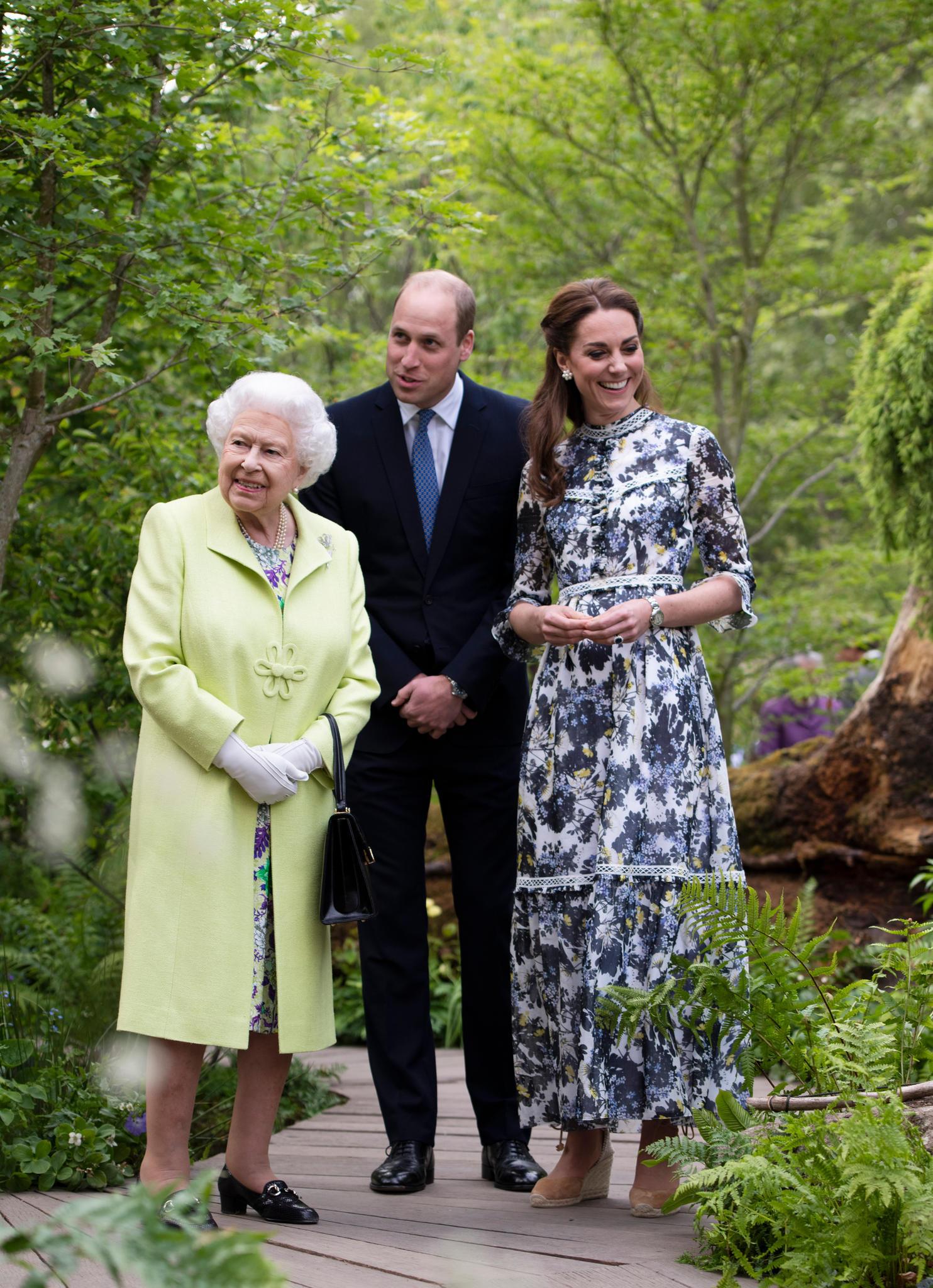 Herzogin Kate zeigte ihrer Schwiegergroßmutter Queen Elizabethden von ihr selbst gestalteten Garten.