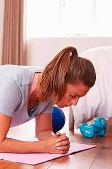 Mit diesen fünf Übungen wird man Bauchfett endlich los
