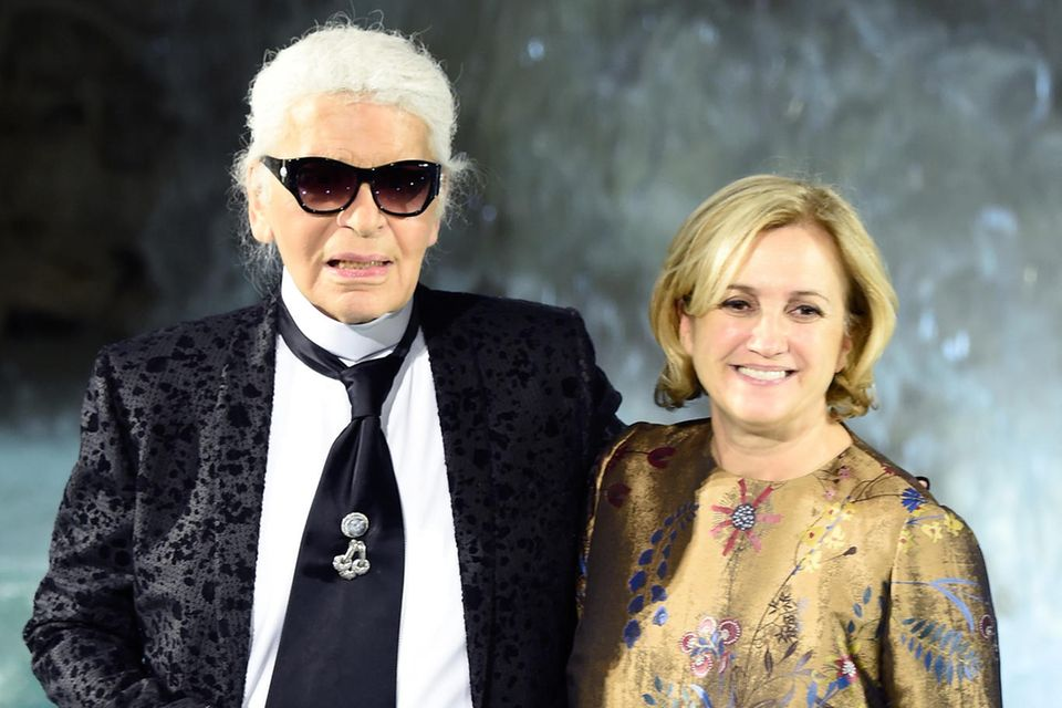 Karl Lagerfeld und Silvia Venturini Fendi trugen die Verantwortung für die Damenkollektion von Fendi.