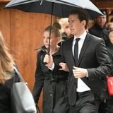 Österreichs Ex-Kanzler Sebastian Kurz kommt mit seiner Freundin Susanne Thier zum Stephansdom.