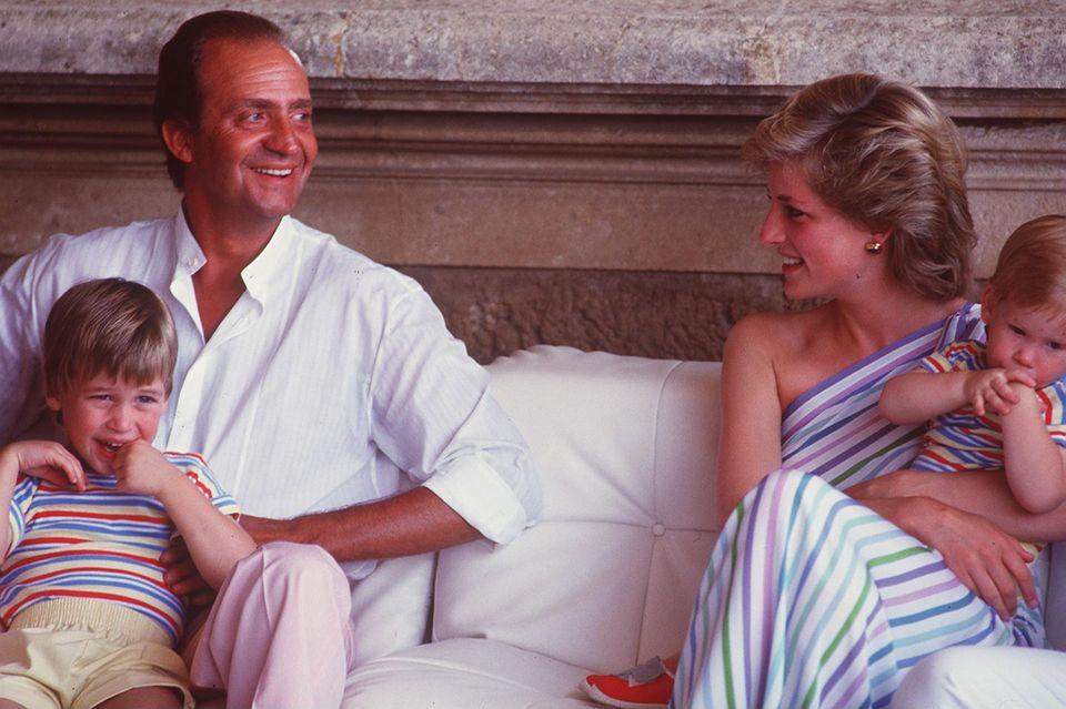 König Juan Carlos I. und Prinzessin Diana (†) sollen über Jahre hinweg eine leidenschaftliche Affäre gehabt haben