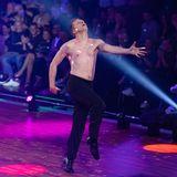 """Genau zwei Monate später waren die Resultate deutlich zu sehen. Oliver Pocher tanzte nicht nur besser, sondern hat auch ordentlich abgenommen. """"Ich habe jetzt meine Traumfigur erreicht und acht Kilo abgenommen"""", schrieb er nach seinem Aus auf Instagram."""