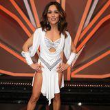 """In der zwölften Staffel """"Let's Dance"""" zog es auch Nazan Eckes aufs Parkett. In heißen Kreationen stellte sie sich den Herausforderungen der Show und begeisterte mit einem tollen Body samt einmaliger Körperspannung."""