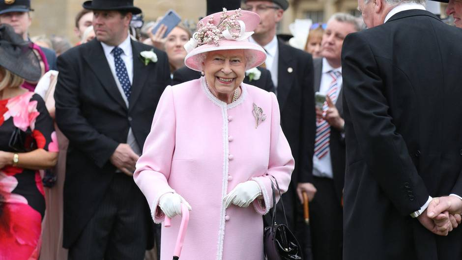 Queen Elizabeth bei der Royal Garden Party 2019 im Buckingham Palast in London.