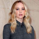Februar 2019  Total ladylike kommt Jennifer Lawrence zu der Fashionshow von Dior nach Paris.