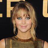 März 2012  Die Experimente nehmen keine Ende. Immer und immer wieder lässt sich Jennifer Lawrence optisch verändern.